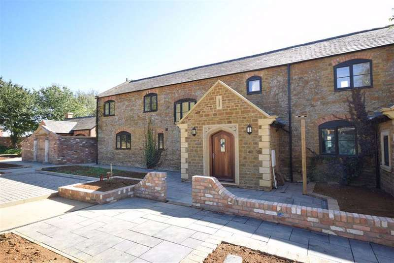 3 Bedrooms Barn Conversion Character Property for sale in Brixworth