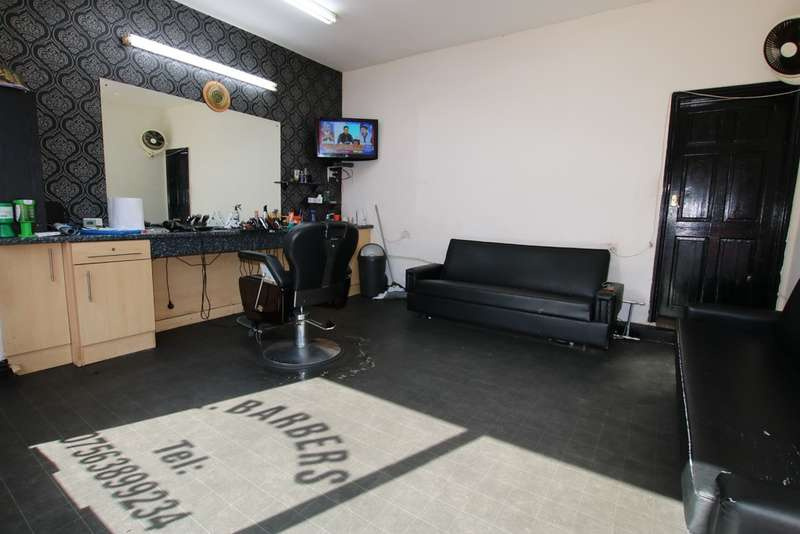 3 Bedrooms Terraced House for sale in Calder Street, Whalley Range, Blackburn