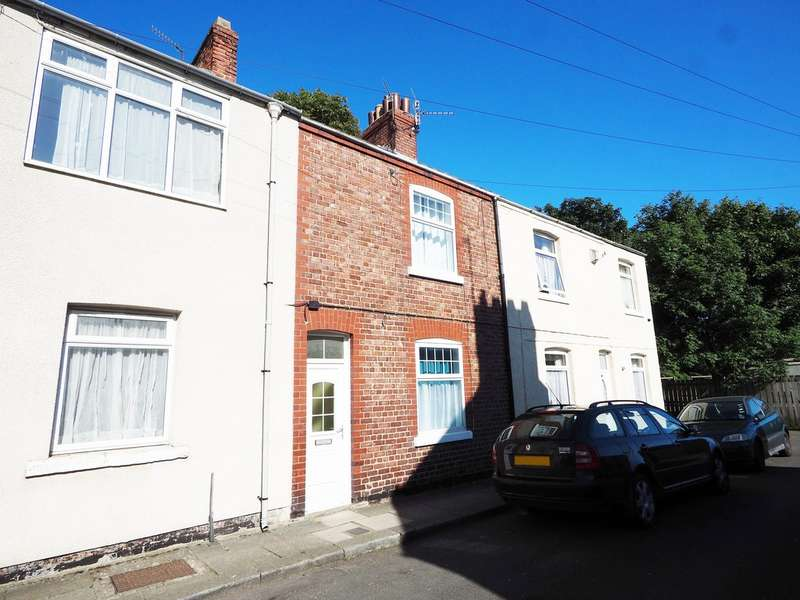2 Bedrooms Terraced House for rent in South Street, Guisborough TS14