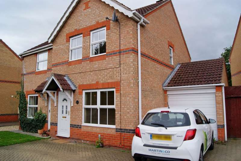 3 Bedrooms Semi Detached House for rent in Briar Close, South Hykeham LN6