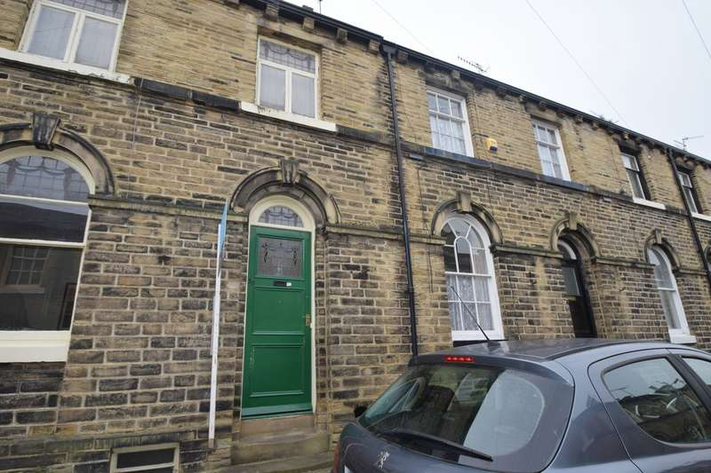 3 Bedrooms Terraced House for rent in Constance Street, Saltaire BD18