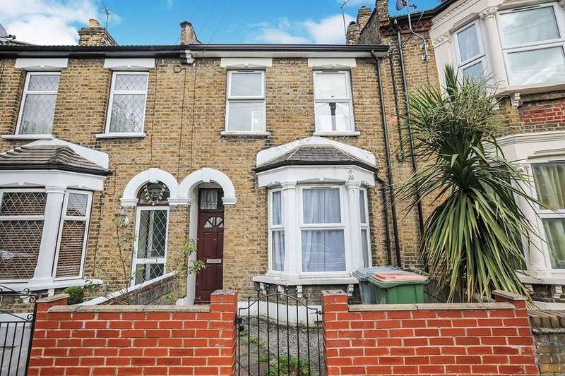 4 Bedrooms Terraced House for rent in Walpole Road, London, E6