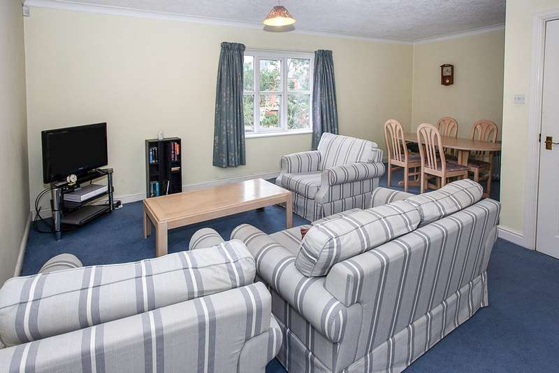 2 Bedrooms Apartment Flat for sale in John Smeaton Court, Manchester, Greater Manchester, M1