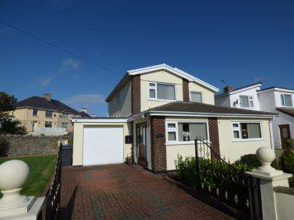 3 Bedrooms Detached House for sale in Old School Road, Holyhead, Sir Ynys Mon, LL65