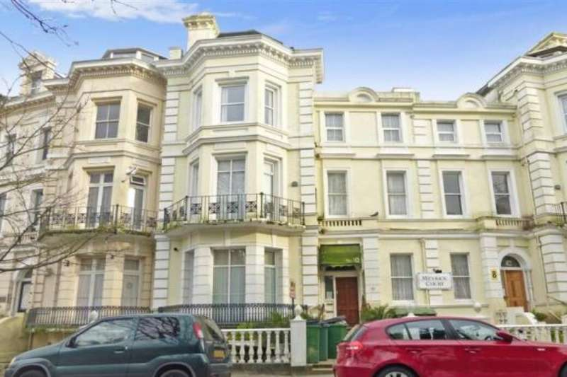 4 Bedrooms Flat for sale in Trinity Crescent, Folkestone, CT20