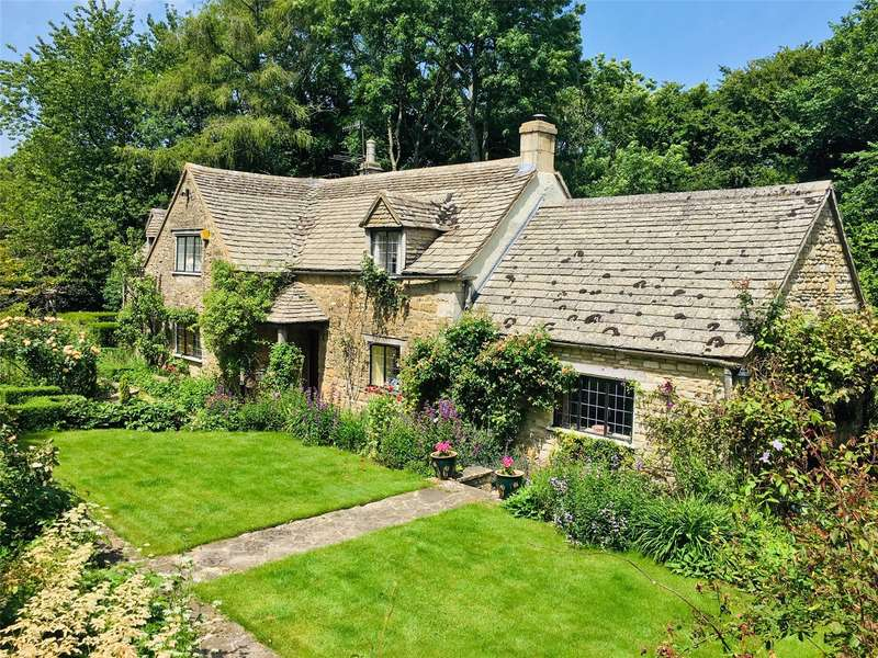 3 Bedrooms Detached House for sale in The Scrubs, Bisley, Painswick, Gloucestershire, GL6