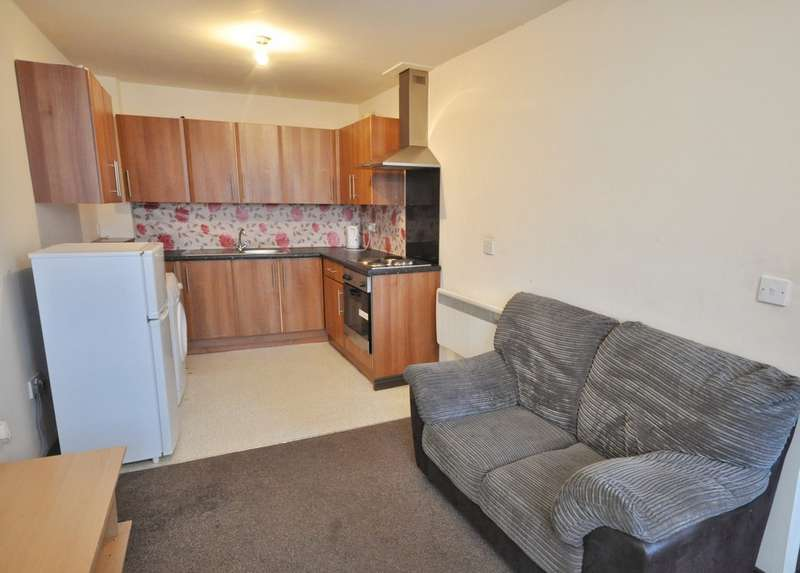 4 Bedrooms Apartment Flat for rent in Hylton Road, Sunderland SR4