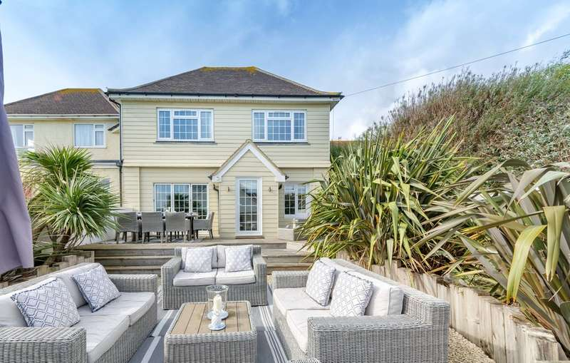 4 Bedrooms House for sale in Club Walk, Angmering on Sea Estate