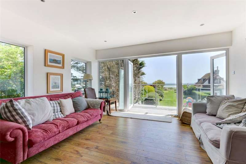 5 Bedrooms Detached House for sale in South Drive, Ferring, Worthing, West Sussex, BN12