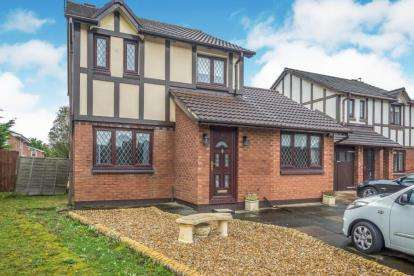 3 Bedrooms Detached House for sale in Mayfair Close, Hightown, Liverpool, Merseyside, L38