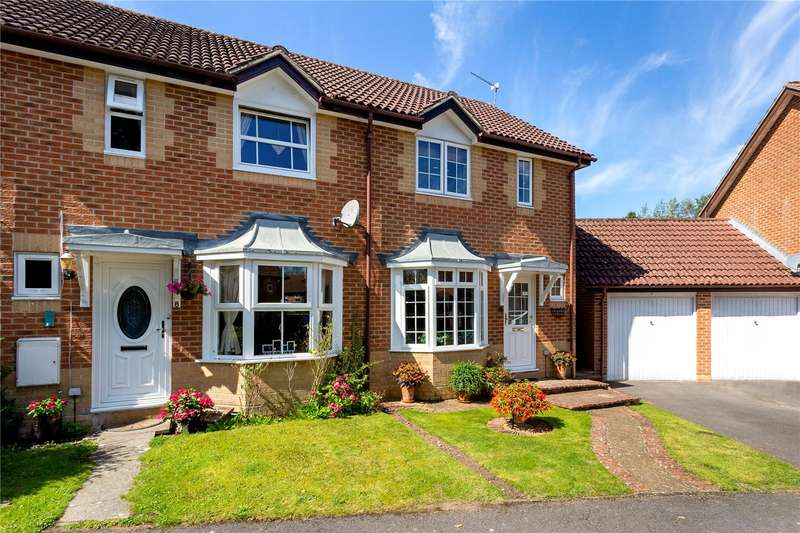 2 Bedrooms Terraced House for sale in Valley Side, Liphook, Hampshire, GU30