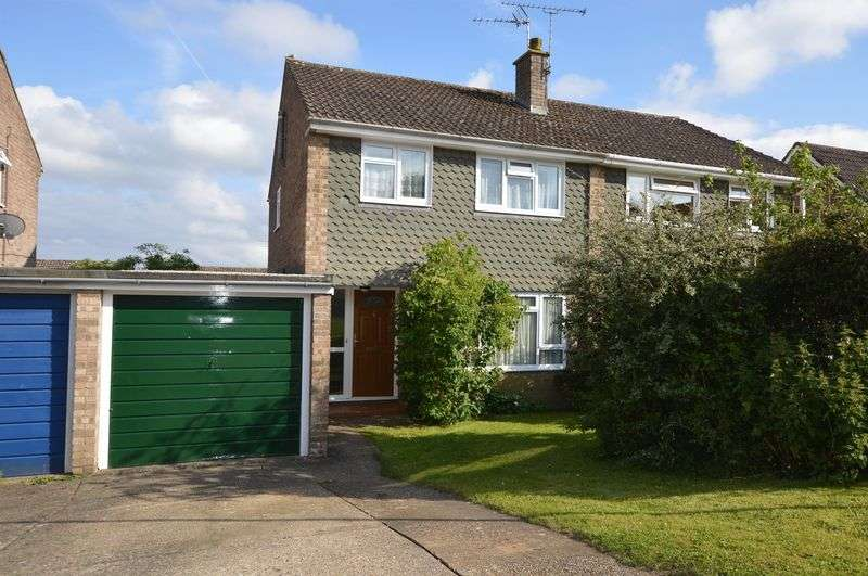 3 Bedrooms Property for sale in Musgrove Gardens, Alton, Hampshire