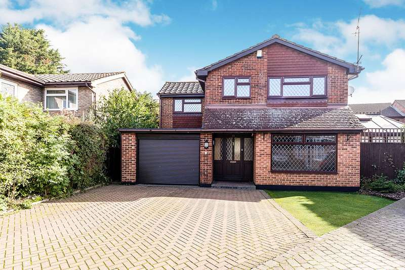 4 Bedrooms Detached House for sale in Water Mill Way, South Darenth, Dartford, Kent, DA4