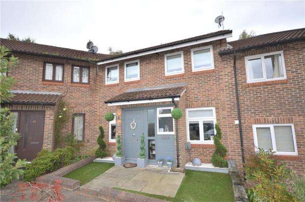 4 Bedrooms Terraced House for sale in Worlds End Hill, Bracknell, Berkshire