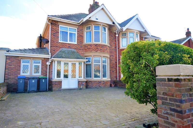 4 Bedrooms Semi Detached House for sale in Crichton Place, South Shore, Blackpool