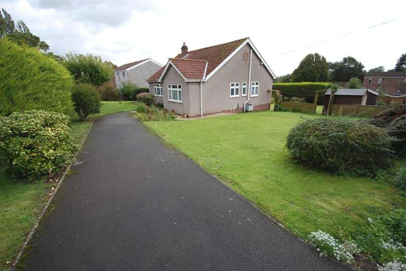 3 Bedrooms Detached House for sale in Courtney Road, Bristol, BS15 9RW