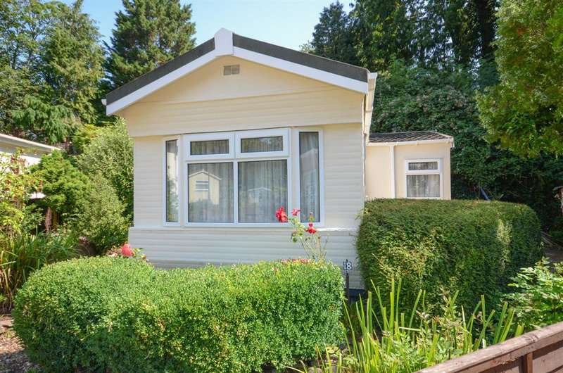 1 Bedroom Detached House for sale in Riverside Drive, Frenchay, Bristol, BS16 2QZ