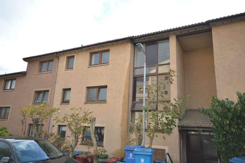2 Bedrooms Apartment Flat for sale in Overton Crescent, Denny, Stirlingshire, FK6