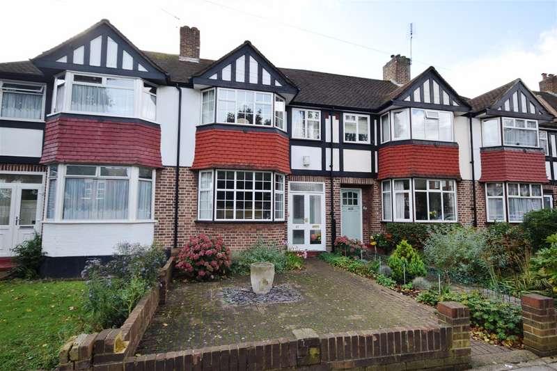 4 Bedrooms Terraced House for sale in Meadway, Twickenham