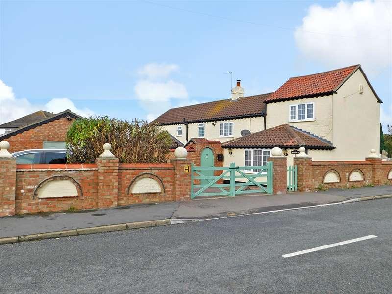 3 Bedrooms Detached House for sale in St Leonards Drive, Chapel St Leonards, Skegness, PE24 5RP