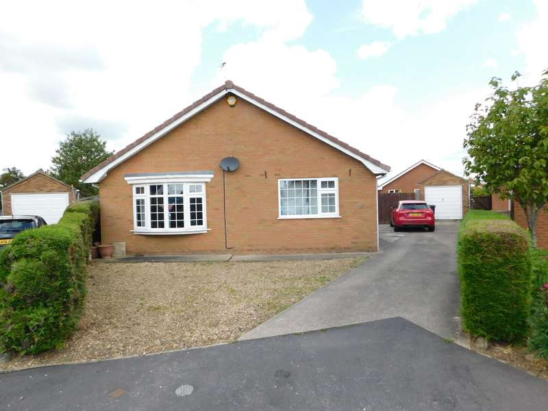 3 Bedrooms Detached Bungalow for sale in Lynn Well Close, Skegness, PE25 1DS