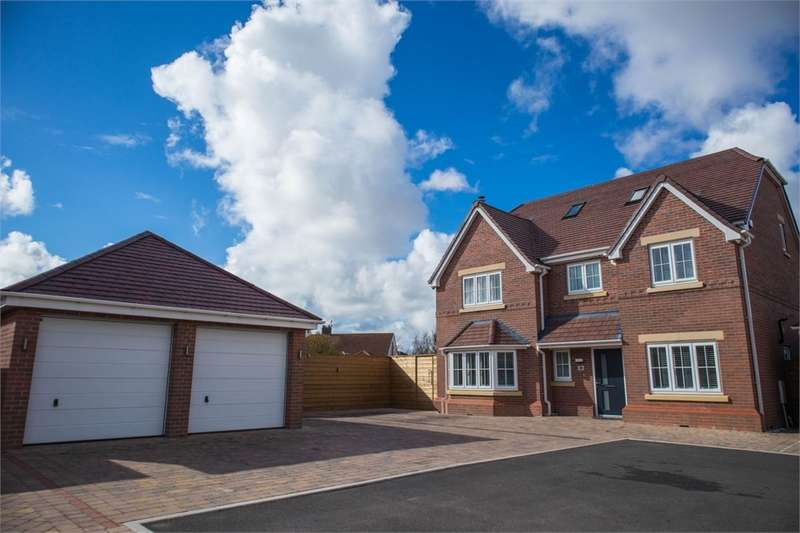5 Bedrooms Detached House for sale in Thistledown Drive, HIGHTOWN, Liverpool, Merseyside
