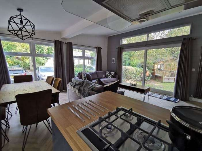 3 Bedrooms Lodge Character Property for sale in White Cross Bay Holiday Park and Marina, Windermere, LA23