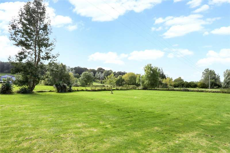 5 Bedrooms Detached House for sale in Lower Road, Erlestoke, Devizes, Wiltshire, SN10