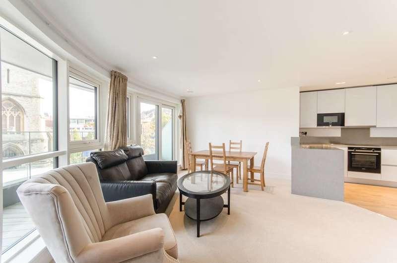 2 Bedrooms Flat for sale in Dickens Yard, Ealing, W5