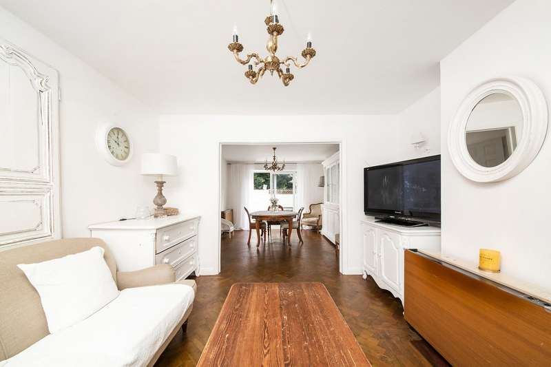 3 Bedrooms Terraced House for sale in Anerley Hill, London