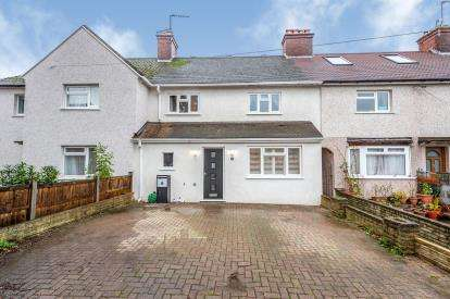 4 Bedrooms Terraced House for sale in Acorn Place, Watford, Hertfordshire