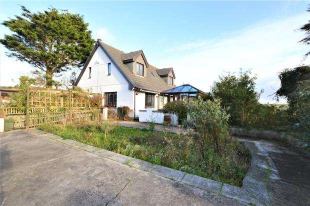 3 Bedrooms Detached House for sale in Steamers Hill, Angarrack, Hayle, Cornwall