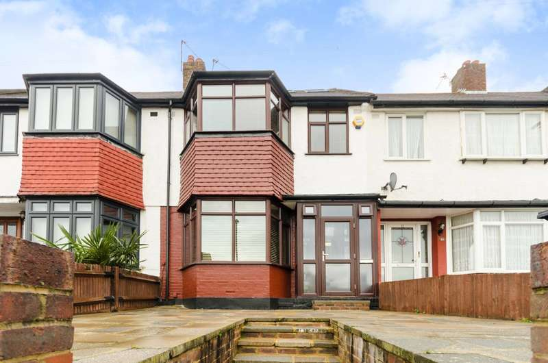 3 Bedrooms Terraced House for sale in Dunster Avenue, Morden Park, SM4