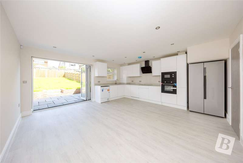 4 Bedrooms End Of Terrace House for sale in London Road, Pitsea, Essex, SS13