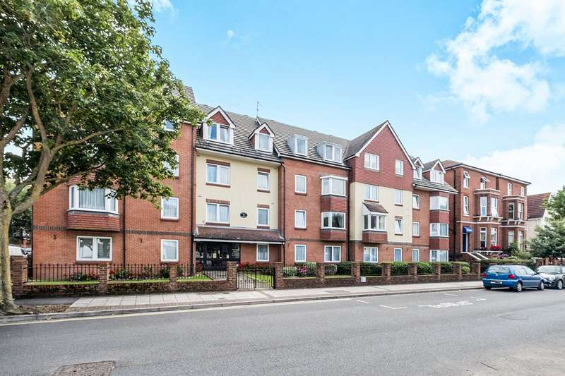2 Bedrooms Apartment Flat for sale in Mansion Court, 50-52 Granada Road, Southsea, Hampshire, PO4