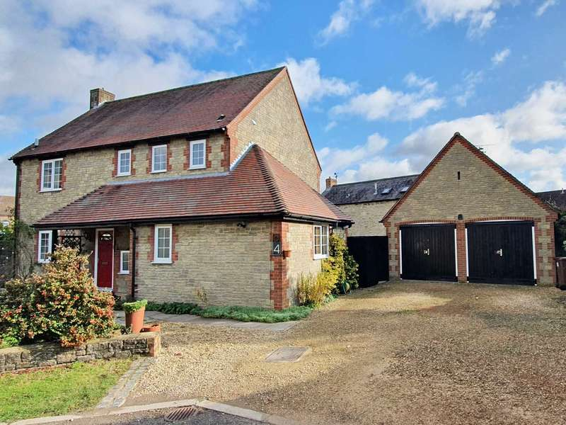 4 Bedrooms Detached House for sale in Draymans Croft, Bicester