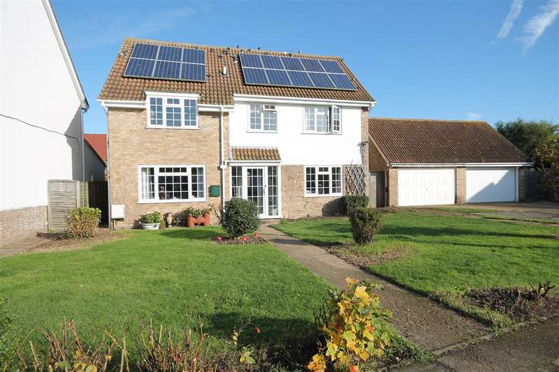 4 Bedrooms House for sale in The Sparlings, Kirby Le Soken