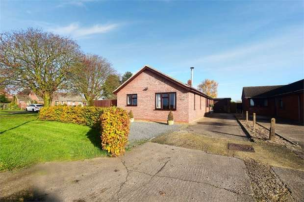 4 Bedrooms Detached Bungalow for sale in North End, Saltfleetby, Louth, Lincolnshire