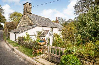 2 Bedrooms Detached House for sale in Clocaenog, Ruthin, Denbighshire, North Wales, LL15
