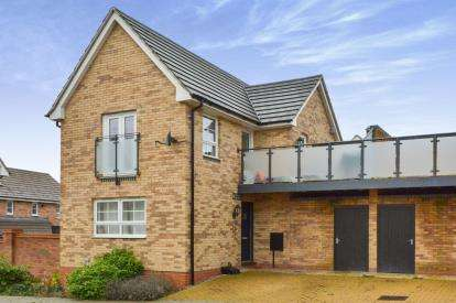 1 Bedroom Semi Detached House for sale in Lucius Lane, Fairfields, Milton Keynes, Buckinghamshire
