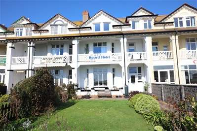 7 Bedrooms Guest House Commercial for sale in Esplanade Road, Paignton