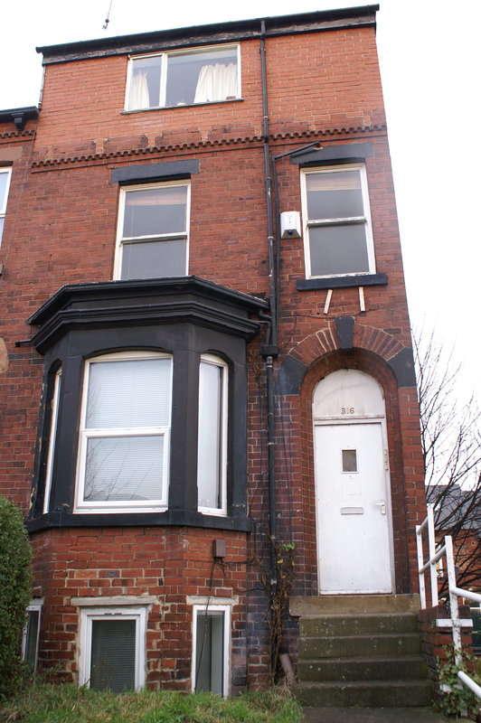1 Bedroom End Of Terrace House for rent in Burley Road, Burley, Leeds