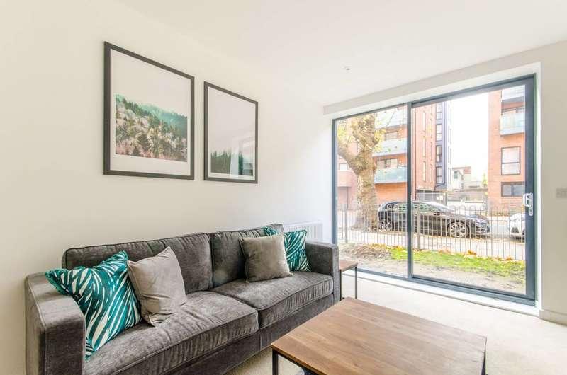 1 Bedroom Flat for sale in Butterfly Court, Tottenham, N15