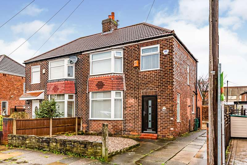 3 Bedrooms Semi Detached House for sale in Castle Avenue, Denton, Manchester, Greater Manchester, M34