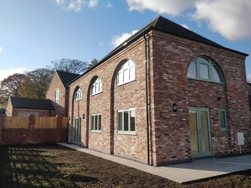 3 Bedrooms Barn Conversion Character Property for rent in Hagley Farm Barns, Slitting Mill , Rugeley , WS15 2UJ