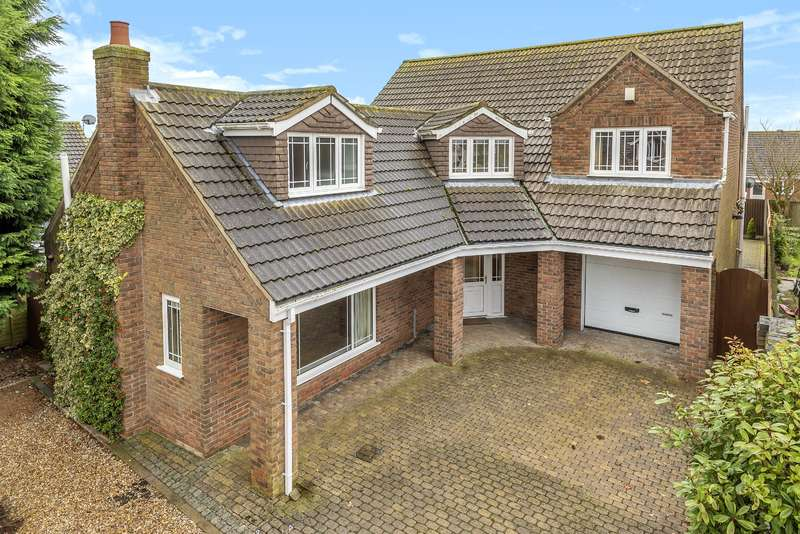 4 Bedrooms Detached House for sale in Veronica Close, Skegness, Lincs