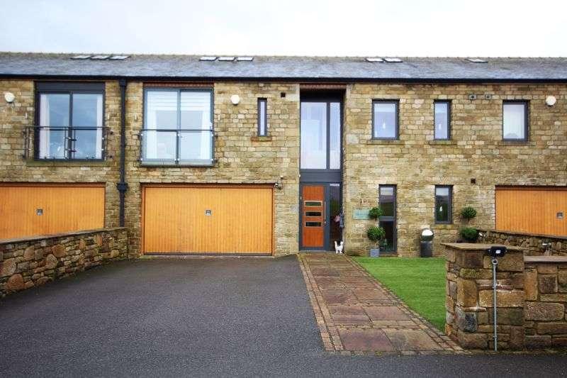 5 Bedrooms Property for sale in HIGHER LAKEWOOD, Hollingworth Road, Littleborough OL15 0AZ