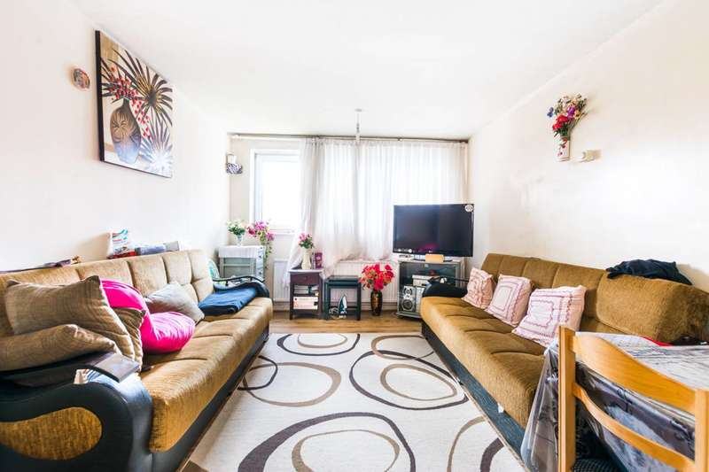 1 Bedroom Flat for sale in Dore Avenue, Manor Park, E12