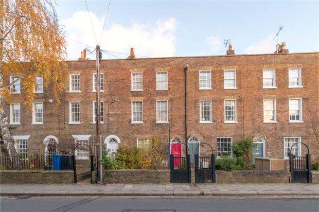 4 Bedrooms Terraced House for sale in Kings Road, Windsor, Berkshire