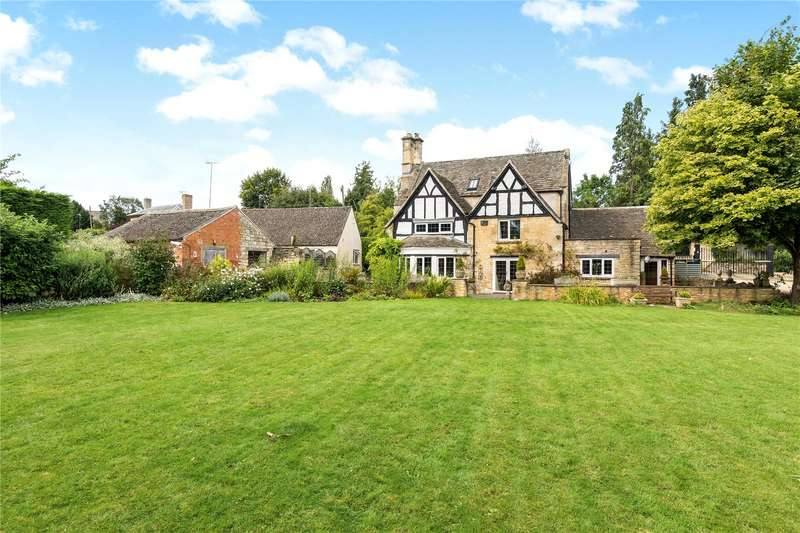 4 Bedrooms Detached House for sale in Broadway Road, Winchcombe, Cheltenham, Gloucestershire, GL54